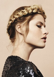 Blonde Braid Model