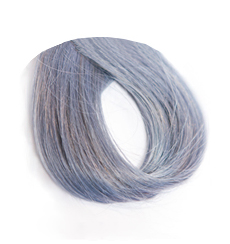 light denim hair swatch